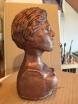Sculpture peinte en couleur bronze.